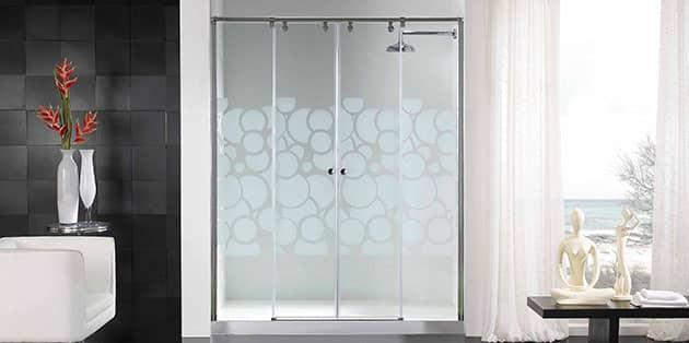 instalación de mamparas y platos de ducha